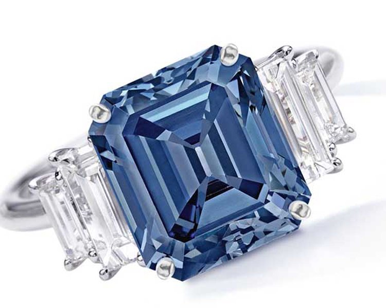 5-Carat Fancy Vivid Blue 'Ai' (Love) Diamond Could Fetch $15 Million at Sotheby's Hong Kong