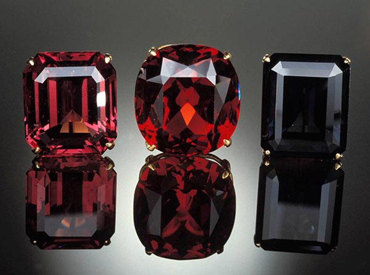 Did You Know That Spinel Is an Official Birthstone for the Month of August?
