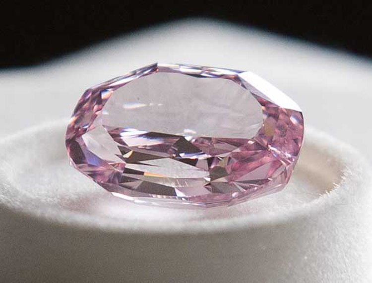 As Alrosa Focuses More on Color, Miner Unveils Largest Pink Diamond in Its History